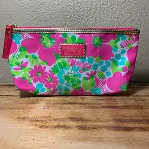LILLY PULITZER/ESTEE LAUDER MAKE-UP BAG
